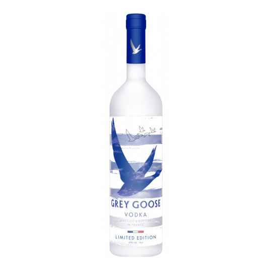 <p>French vodka? <em>D'accord, pourquoi pas?</em>&nbsp;</p><p>Grey Goose takes pride in a two-ingredient process so perfect, they only need to distil once: single-origin Picardie winter wheat and natural spring water.</p>