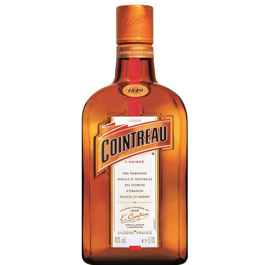 <p><span>Cointreau's flavour profile is a symphony of unexpected dualities: It has an instant freshness yet lingers on the palate, is a harmonious blend of nuanced notes yet remains intensely orange. In cocktails, Cointreau serves as a flavour amplifier, helping reveal the other ingredients while bringing balance, depth, and freshness to the mix.</span></p>